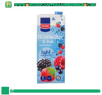 Perfekt Bronwater en fruit bosvruchten aanbieding